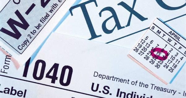 Preparadores taxes ofrecen servicios inmigrantes