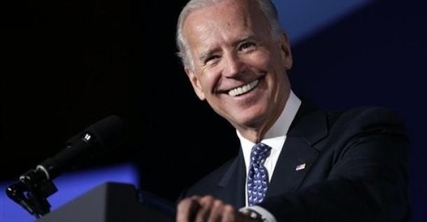"""Biden critica a Romney por """"desfasado"""" y tener """"mentalidad de la Guerra Fría"""""""