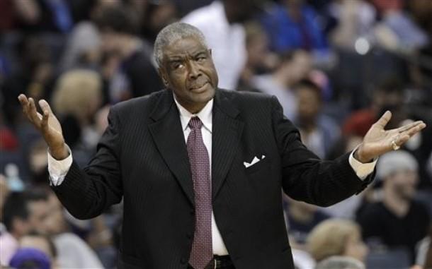 La mala temporada de los Bobcats pasa la factura a Paul Silas