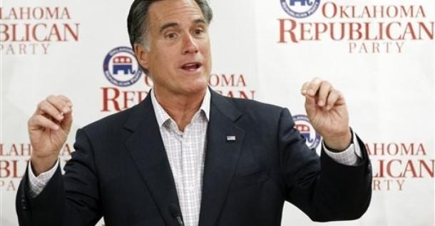 La imagen favorable de Romney llega por primera vez al 50 % de electores
