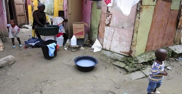 Las garras del cólera aprietan con fuerza a Haití