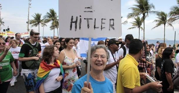 Protesta en Río de Janeiro contra la presencia de Ahmadineyad en la Río+20