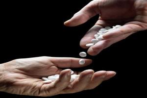 """Miami acuerda prohibir la droga sintética """"sales de baño"""""""