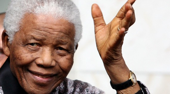 Mandela es hospitalizado por infección pulmonar
