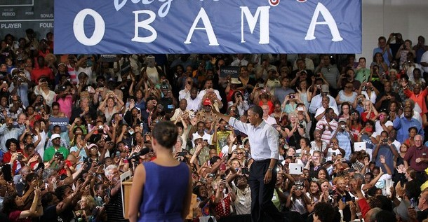 Obama pide a votantes del estado clave de Virginia que sigan creyendo en él