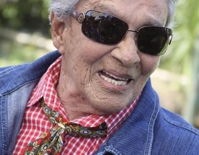 Chavela Vargas falleció hoy de un paro respiratorio, dice médico