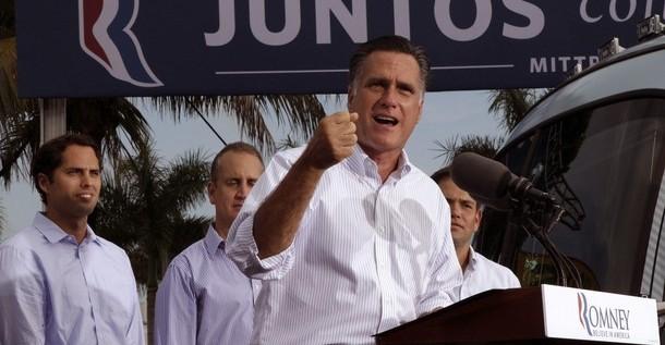 Obama y Romney están casi empatados poco antes de las convenciones, según una encuesta