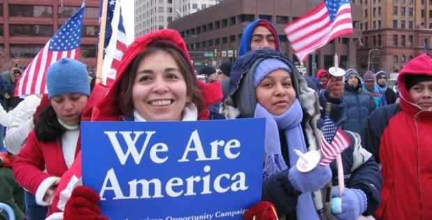 La economía es la principal prioridad de los latinos de EEUU, según encuesta