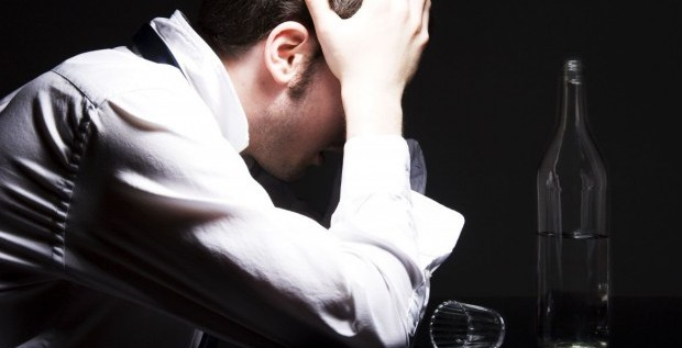 Los alcohólicos tienen una esperanza de vida 20 años menor de lo normal