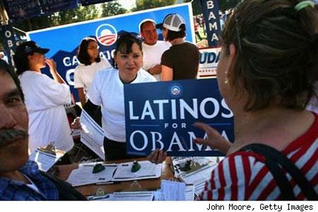 Los latinos apoyan más a Obama pero tienen menos certeza de votar