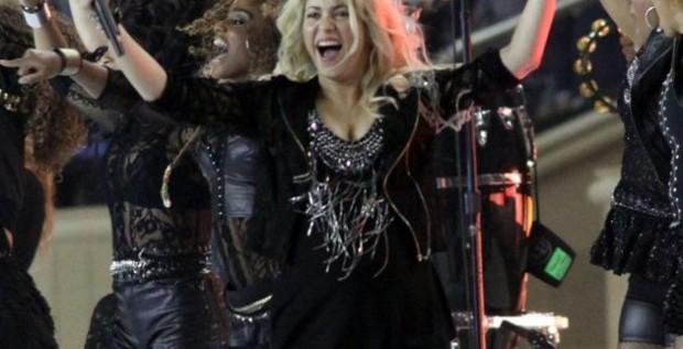 """Shakira baila su primer """"Waka Waka"""" embarazada"""