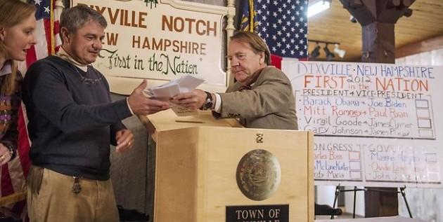 Los diez habitantes de dixville notch dividieron votos
