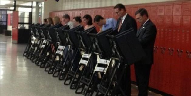 """El """"miedo"""" de los latinos ayudó a la derrota republicana, dice un líder del partido"""