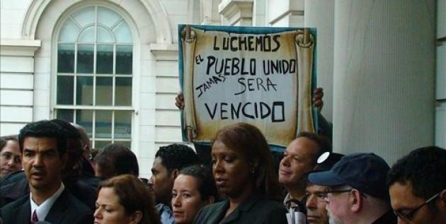 """Dominicanos en Nueva York convocan una protesta contra el """"paquetazo"""" fiscal"""