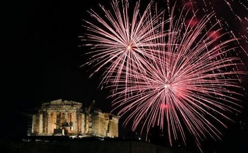 El mundo recibió el nuevo año con esperanzas de superar las inquietudes del 2012