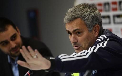 """Mourinho: """"La pena es que no traje a Diego López el primer año"""""""