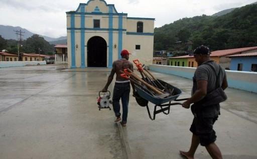 Un obispo afirma que la escasez en Venezuela les deja sin hostias y vino