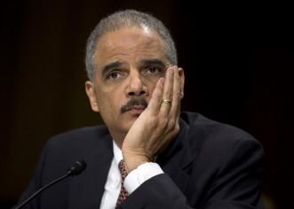 Holder, primer fiscal general negro, se despide defendiendo derechos civiles