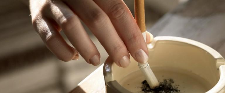 8 de 10 hogares prohíben fumar en casa