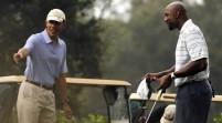 Obama juega golf con Alonzo Mourning en Florida