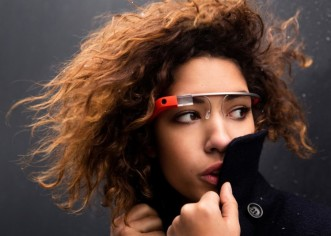 Se agotan las Google Glass en color blanco