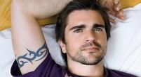 Juanes canta de forma sorpresiva en un restaurante de Miami