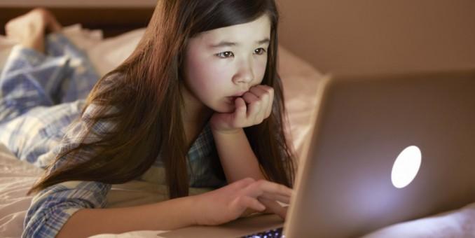 Una niña de siete años es capaz de 'hackear' una wifi y acceder a datos privados en 10 minutos