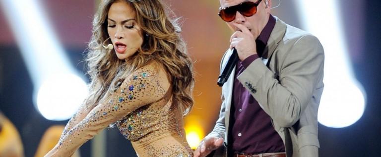 JLo y Pitbull cantarán el himno del mundial