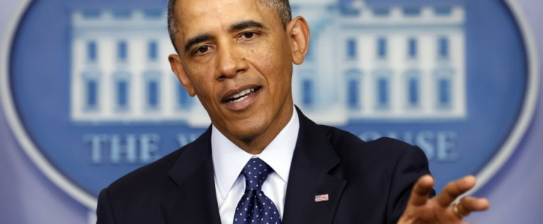 Obama se defiende de críticas de republicanos