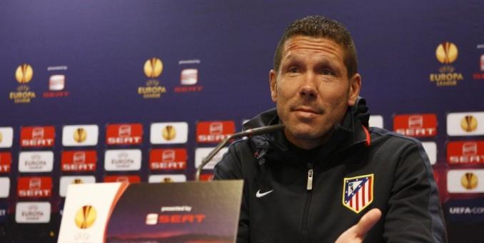 Simeone suspendido ocho partidos por su expulsión en la Supercopa
