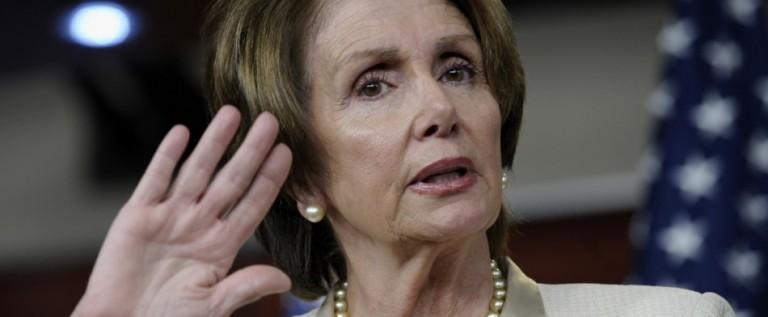 Pelosi: He pedido a Obama que pare deportaciones