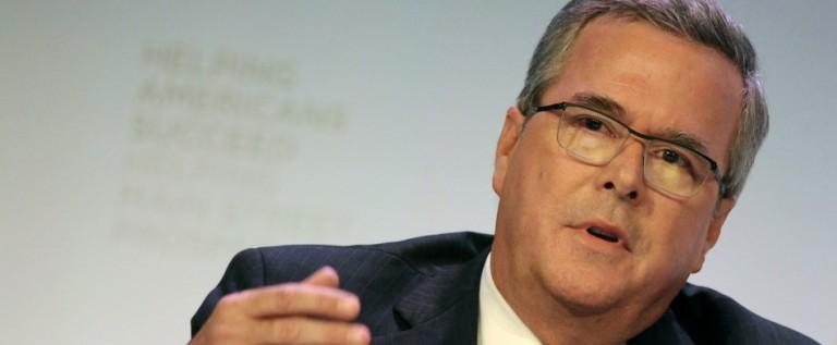 Jeb Bush dice respetar fallo sobre matrimonio gay en Florida