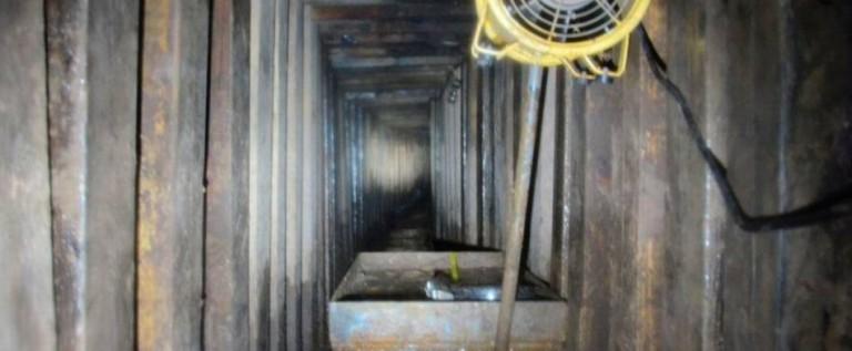 Una anciana es detenida por un túnel en la frontera de México con EU