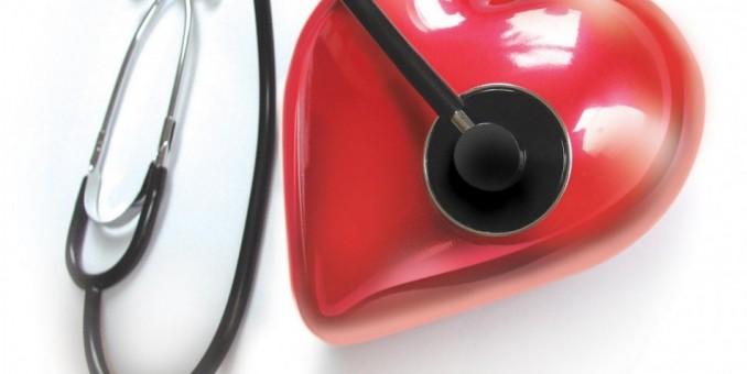 Con la presión alta, beber poco o con moderación protege el corazón
