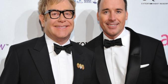 ¡Elton John se casa la próxima semana!