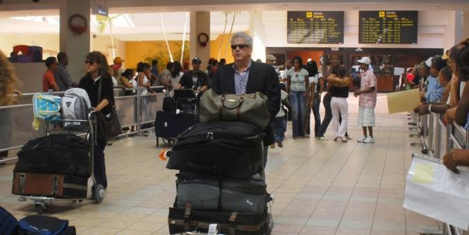 Cancelan vuelos entre Santo Domingo y Nueva York y Boston por tormenta Marcus