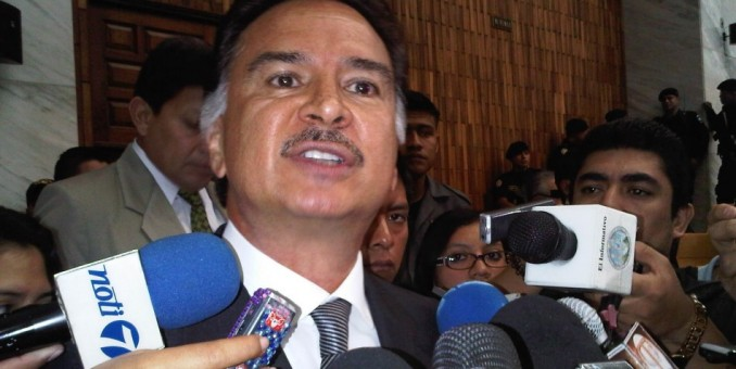"Ex presidente Portillo vuelve a Guatemala tras ""recapacitar"" en la prisión"