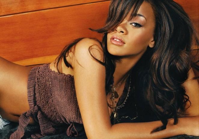 ¿Por qué Rihanna no quiere hacer un videoclip con J Lo?