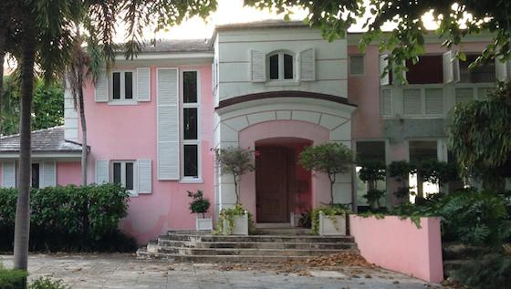 Empresario compra mansión de Miami que perteneció a Pablo Escobar