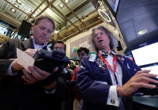 Temores por Ucrania castigan a Wall Street