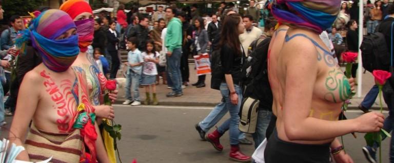 """""""Marcha de las putas"""" reúne a cientos de personas en Bogotá"""