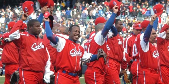 Ley de Florida propone cambio en las reglas para los jugadores cubanos de béisbol