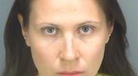 Florida: Arrestada por dejar a su hija en el carro