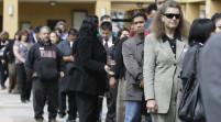 Crecimiento de empleo en EEUU aumenta, tasa de desempleo cerca de mínimos en 6 años