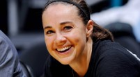 Spurs contratan a primera mujer entrenadora en NBA