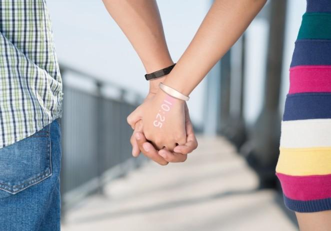 Ritot, un 'reloj inteligente' que proyecta la hora sobre la piel de la mano