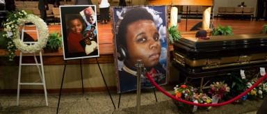 Missouri: Funeral de Brown adquiere tono político