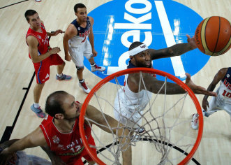 EEUU gana el Mundial al derrotar 129-92 en la final a Serbia con una exhibición