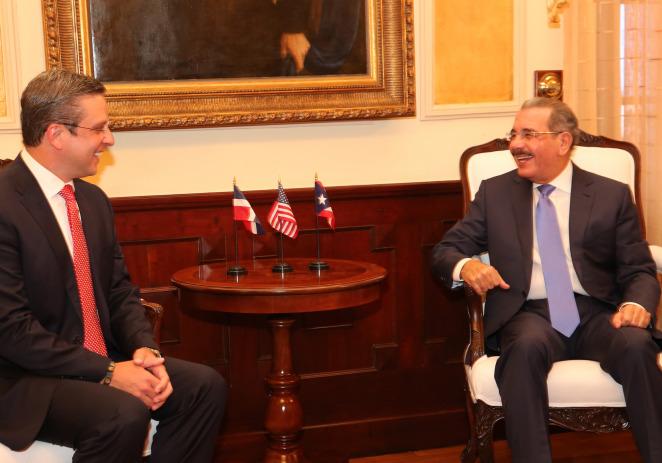 Presidente Dominicano recibe Gobernador Puertorriqueño hablan sobre comercio y seguridad