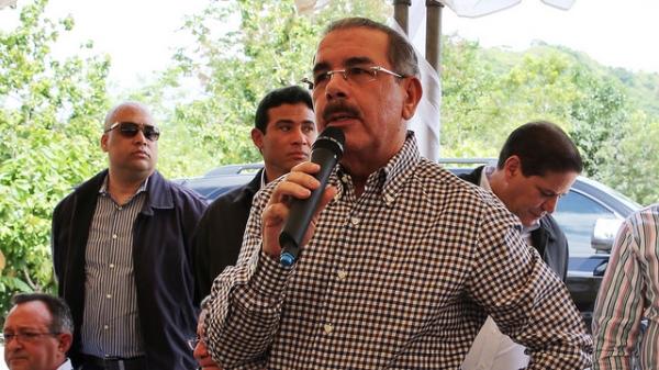 """Presidente Medina Sánchez, dice: """"Queremos que sus hijos se queden y produzcan en el campo"""""""